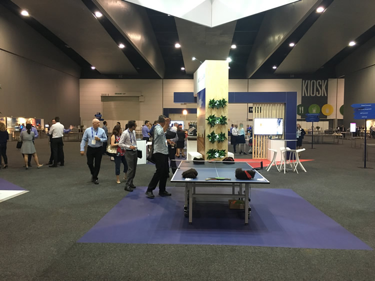 Expo Stand Table : How to increase traffic your exhibition stand